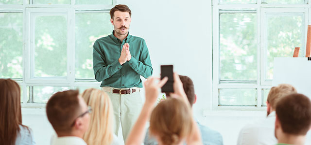6 public speaking tips to hook any audience