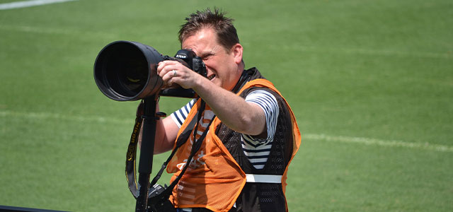 Sports photography: Shooting a soccer action photo