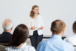 Top 10 Courses to Improve Your Public Speaking Skills